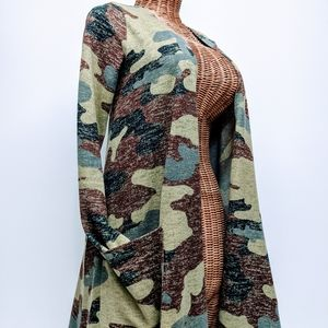 Lularoe Camo Cover-up sz XS